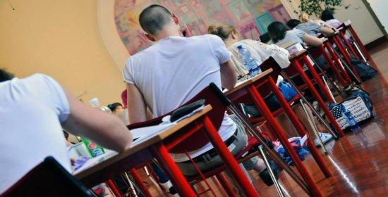 Risultati immagini per Maturità, esami al via: 500mila studenti tornano sui banchi